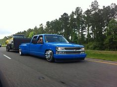 Theme Tuesdays: Slammed Trucks Haulin' Stuff: 3 - Stance Is Everything