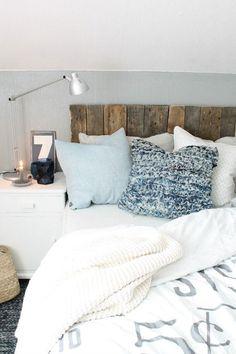 Vicky's Home: Home tour: Una casa escandinava / A scandinavian house Dream Rooms, Dream Bedroom, Home Bedroom, Bedrooms, Teen Bedroom, Home Living, Apartment Living, Living Room, Decor Room