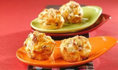 Ham and Cheese Muffins - These savory muffins are fun for kids to make—and they're great for breakfast, in a lunchbox or as an after-school snack. Try one of the variations: Bacon and Cheese or Sausag Ham And Cheese Muffin Recipe, Cheese Muffins, Biscuit Recipe, Cheese Bites, Recipe Box, Ham Recipes, Muffin Recipes, Baking Recipes, Breakfast Recipes