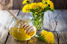 20 Regenerating Health Benefits of Dandelion Tea Dandelion Benefits, Parasite Cleanse, Home Canning, Moscow Mule Mugs, Punch Bowls, Health Benefits, A Food, Food Processor Recipes, Harvest