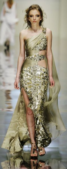 Zuhair Murad EPIC! I would totally rock this on my wedding day.... Why dress in white when you can be dripping in gold!!!! Yea baby