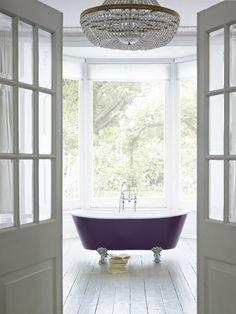 Bathroom Trends, Bathroom Renovations, Bathrooms, Heritage Bathroom, Cast Iron Bathtub, Bath Paint, Roll Top Bath, Classic Bathroom, Clawfoot Bathtub