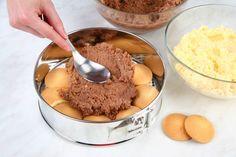 Káprázatos sütés nélküli tejbegríztorta! Könnyen elkészíthető, olcsó és nagyon finom! - Bidista.com - A TippLista! No Cook Desserts, Oatmeal, Biscuit, Pudding, Cooking, Breakfast, Food, Basket, The Oatmeal