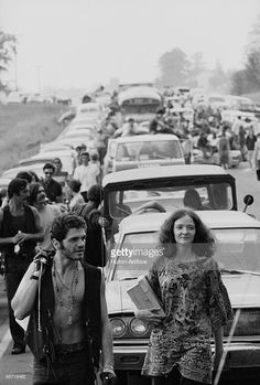 Members of the American youth subculture generally termed 'hippies' walk along roads choked with traffic on the way to the large rock conert called Woodstock, Bethel, New York, August, 1969 Woodstock, Woodstock Hippies, Woodstock Festival, What Was Woodstock, Woodstock Music, Richie Havens, Creedence Clearwater Revival, Joe Cocker, Janis Joplin