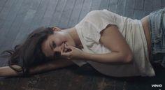 "Selena Gomez takes one sexy shower gif in 'Good For You' video   Selena Gomez - ""Good for You"" [Music Video Premiere!]"