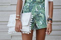 ClioMakeUp-capi-indispensabili-mettere-sempre-valigia-pantaloni-camicia-foulard-vestito-scarpe-3