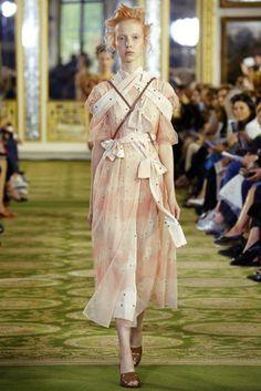 Simone Rocha Spring/Summer 2016 Ready-To-Wear Collection | British Vogue