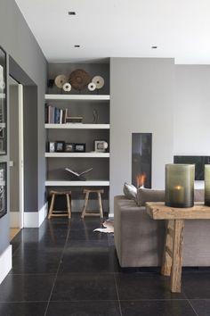 Luxe woonkamer ontwerp met design meubels