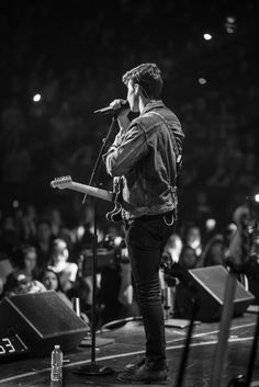 Shawn Mendes 2016