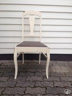 Vanhat puutuolit Stool, Table, Furniture, Home Decor, Egg, Stools, Interior Design, Home Interior Design, Desk
