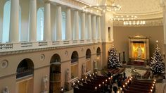 Copenhagen's cathedral (Vor Frue Domkirke) is famous for it Thorvaldsen sculptures of Christ and 12 apostles and free Saturday organ concerts. Copenhagen Travel, Neoclassical, Denmark, Cathedral, Sculptures, Mansions, House Styles, Interior, Neoclassical Architecture
