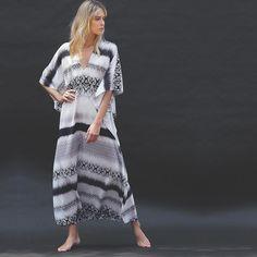 El Ombré Boubou   ____________________________________ #mariefrancevandamme #ombre #silk #boubou #caftan #resortwear #travel #hostess