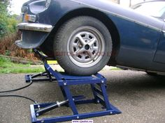 You searched for hydraulic ramp - CJ Autos Heywood Garage Tools, Car Tools, Diy Garage, Garage Workshop, Diy Car Ramps, Truck Ramps, Hydraulic Car Ramps, Cardboard Car, Metal Bending