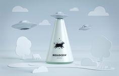 Molocow: embalagem conceitual de leite tem inspiração na abdução de vaca por disco voador http://followthecolours.com.br/art-attack/molocow-embalagem-conceitual-de-leite-tem-inspiracao-na-abducao-de-vaca-por-disco-voador/