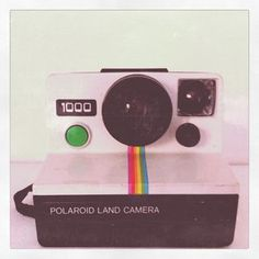 Want this vintage polaroid camera for christmassss