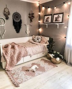 bohemian Bbedroom Bdecorating Bboho Bideas B-Relaxing Bohemian Bedroom Design Ideas College Bedroom Decor, Room Ideas Bedroom, Girl Bedroom Designs, Small Room Bedroom, Modern Bedroom, Master Bedroom, Small Apartment Bedrooms, Contemporary Bedroom, Boho Teen Bedroom