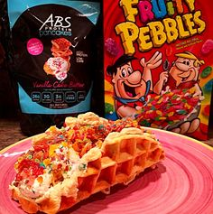 Happy #WaffleWednesday!  Add a little fun to your breakfast, and a little sweetness to your day with this Fruity Pebbles Cheesecake Vanilla Cake Batter Protein Waffle Taco by @caifa_10!