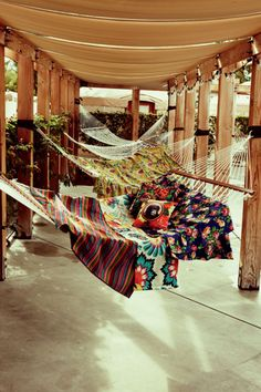 A hammock for each member of the family! Clever!