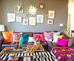 Bohemian style home decor bohemian style decor bohemian style is all about layering prints and textures Bohemian Living Rooms, Cozy Living Rooms, Bright Living Room Decor, Boho Room, Apartment Living, Apartment Ideas, Bohemian Style Home, Boho Chic, Modern Bohemian