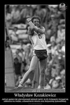 Władysław Kozakiewicz – 30 lipca 1980 zdobył tytuł mistrza olimpijskiego w skoku o tyczce w Moskwie z wynikiem 5,78 m – jednocześnie ustanawiając nowy rekord świata.  Pamiętany z powodu gestu, który dwukrotnie wykonał w stronę gwiżdżących kibiców sowieckich tzw. gest Kozakiewicza.