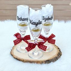 Winter Wedding Planning Tips аnd Ideas Personalized Champagne Flutes, Personalized Wedding, Plaid Wedding, Ski Wedding, Wedding Weekend, Christmas Engagement, Winter Wonderland Wedding, Bachelorette Party Decorations, Party Gifts