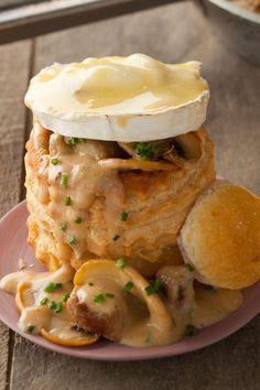 Blätterteig-Pilz Snacks machen sich toll als Vorspeisen! #cestbon