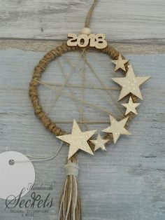 Christmas Countdown, Winter Christmas, Christmas Home, Handmade Christmas, Felt Christmas Ornaments, Nouvel An, Xmas Decorations, Holiday Crafts, Handicraft