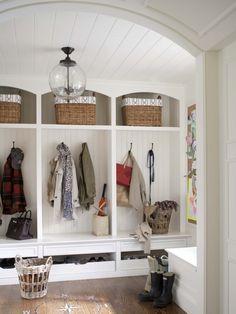 Mud room Design by Lauren Muse, photography by John Bessler via Marcus Design I am a sucker for a mudroom with storage lockers. And beadboard. And white. And great light fixtures. Home Interior, Interior Design, Modern Interior, Interior Decorating, Bathroom Interior, Interior Ideas, Decorating Ideas, Entryway Storage, Shoe Storage