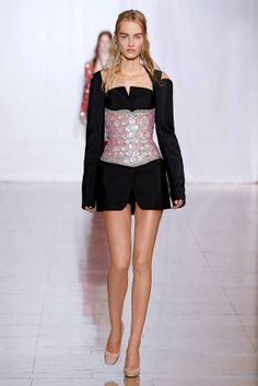 Maison-Martin-Margiela-Spring-Summer-2014-Womenswear-collection-2