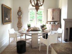 Neoclassical designed dining. Source: Tara Shaw
