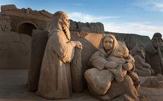 La sorra de la platja de la Pineda serà la protagonista de les festes nadalenques al municipi gràcies al pessebre de sorra, que un any més construiran diversos escultors d'arreu. Des del 4 de desembre fins al 6 de gener, tots aquells que s'acostin a la vora del mar es trobaran amb un grup...