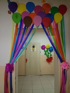 decorated jam jars Classroom Ceiling Decorations, Carnival Decorations, Kids Carnival, School Door D Carnival Crafts, Carnival Decorations, Kids Carnival, Birthday Decorations, Classroom Ceiling Decorations, School Door Decorations, Classroom Decor, Decoration Creche, Board Decoration