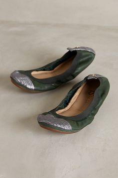 2bd01f852de Yosi Samra Samantha Fold-Up Flats Dream Shoes