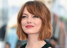 Emma debuted the new look at the opening ceremony of the Venice Film Festival, where she was seeing the premiere of Birdman, and I have so many questions.