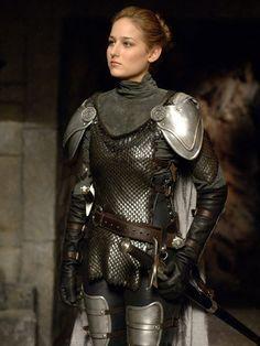 Knight / medieval / fantasy / cosplay for women / armor / LARP / badass Armadura Medieval, Female Armor, Female Knight, Lady Knight, Female Warrior Costume, Female Warrior Names, Archer Costume, Knight Costume, Costume Armour