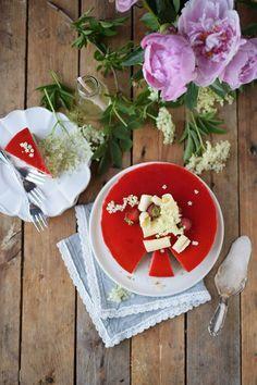 Erdbeer Holunderblueten Joghurt Torte - Strawberry Elderflower Yogurt Cake | Das Knusperstübchen