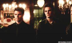 Elijah (Daniel Gillies) and Kol Mikaelson (Nathaniel Buzolic) ♥