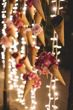 DIY Hanging decor ideas for an Attractive Wedding! Marriage Decoration, Wedding Stage Decorations, Flower Decorations, Wedding Mandap, Desi Wedding, Wedding Events, Wedding Receptions, Goa Wedding, Wedding Entrance