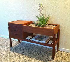 Arne Vodder/Arne Wahl Iversen Danish Teak Planter/Dresser