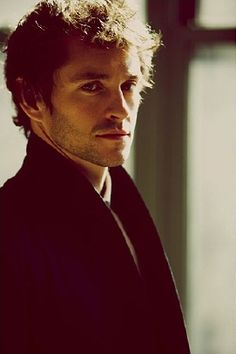 [2009] 010 - 049 - Photo Archive | Part of Hugh-Dancy.Net // Hugh Dancy Fans // Hugh Dancy Fansite
