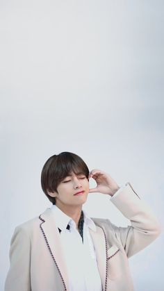 BTS JP Magazine making V Kim Taehyung Tae lockscreens wallpaper. Foto Bts, Bts Photo, V Taehyung, Daegu, K Pop, Beatles, V Bts Cute, Bts Twt, V Bts Wallpaper