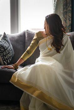 Fashion diy outfits summer Ideas for 2019 Indian Photoshoot, Saree Photoshoot, Saree Poses, Kerala Saree, Fashion Photography Poses, Portrait Photography, Simple Sarees, Saree Trends, Stylish Sarees