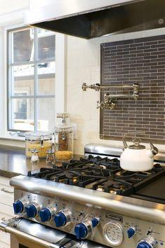 pasta faucet with great backsplah tile
