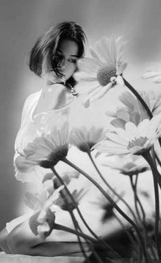🍃🌹🍃 My Mirror, Black N White, Double Exposure, Black And White Photography, Poses, Artwork, Flowers, Animals, Color