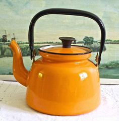 Vibrant orange vintage enamel teapot or kettle In lovely condition. Gorgeous display item or take it in your campervan! Enamel Teapot, Kettle, Tea Pots, Vibrant, Display, Orange, Kitchen, Inspiration, Etsy