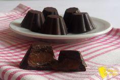 #Cioccolatini ripieni al #caramello #mou #ricetta veloce il #chiccodimais #bonbon #chocolate #caramel #recipe #homemade http://blog.giallozafferano.it/ilchiccodimais/cioccolatini-ripieni-al-caramello-mou-ricetta-veloce/