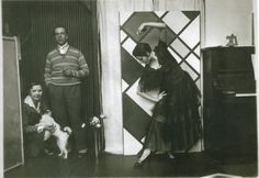van Doesburg, Nelly, Dada Dog, 1925 http://en.wikipedia.org/wiki/Theo_van_Doesburg