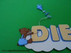 www.unpocodetodo.org - Cartel de Diego - Carteles - Goma eva - air balloon - animales - animals - bear - comet - cometa - crafts - dog - manualidades - oso - perro - 2