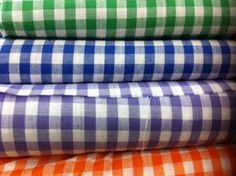 Lonita : tecido consistente de algodão liso ou xadrez, usado para jaquetas, capas, etc.