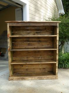 diy projects with pallets | 23 Incredible DIY Projects From Pallet Wood